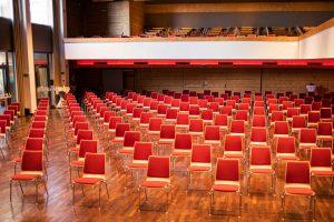 Congress Saal Kufstein – Distance Bestuhlung